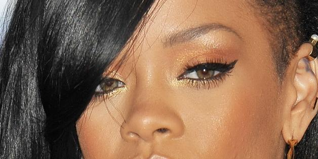 Rihanna In Vasca Da Bagno.Rihanna Nuda Nel Video Pescara Il Centro