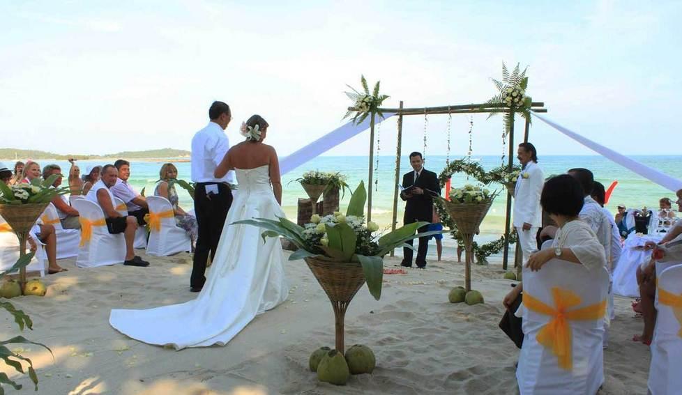 Matrimonio In Spiaggia Rimini : Anche a montesilvano arrivano i matrimoni sulla spiaggia