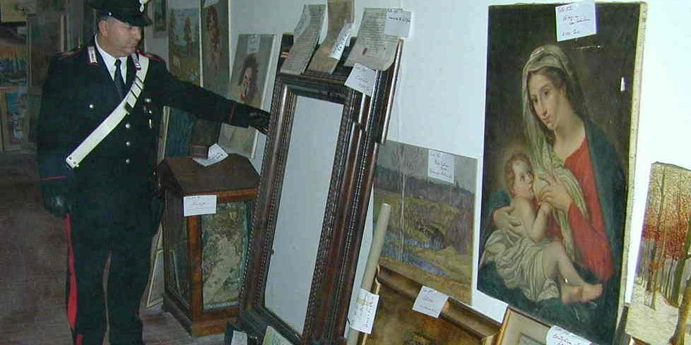 Sequestrati 100 quadri, sono falsi d\'autore - L\'Aquila - Il Centro