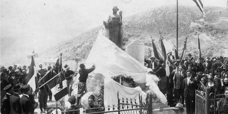 Castel Del Monte E La Grande Guerra Laquila Il Centro
