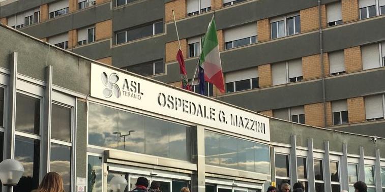 Lite Con Lacido Tra Imprenditori Di Francesco Ustionato Agli Occhi