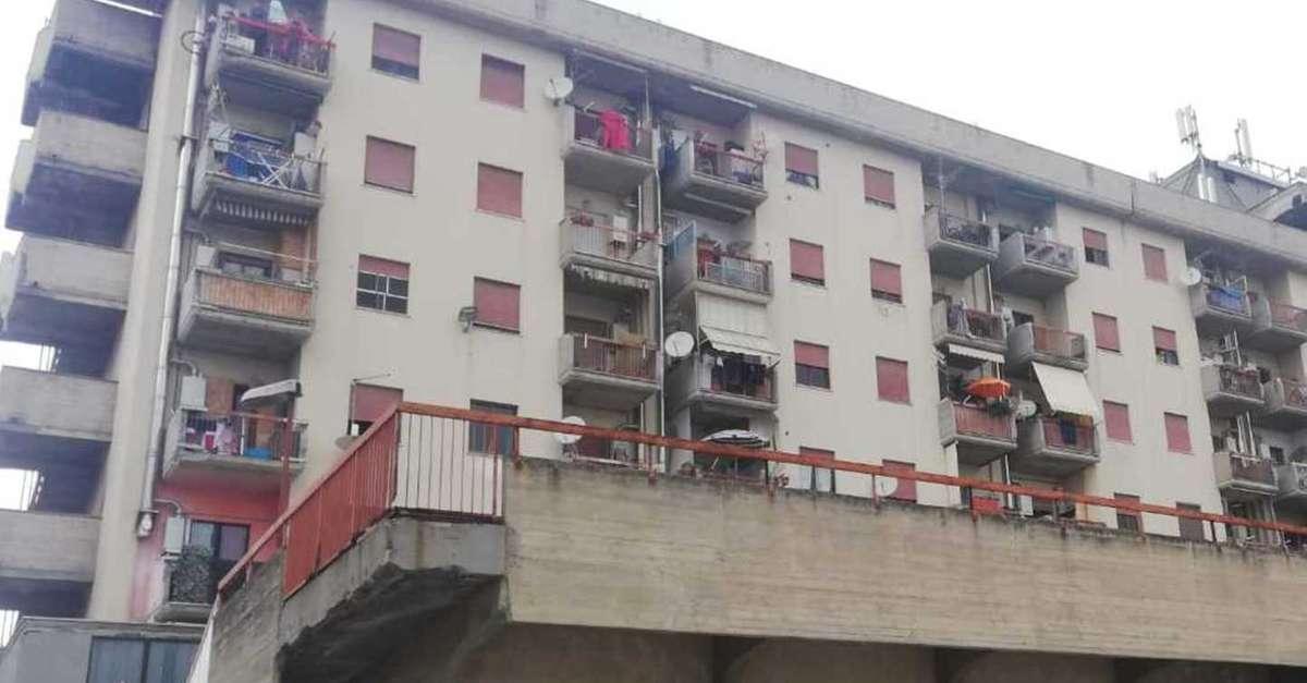 Case di via Lazio, parte il piano per sgomberare gli ...
